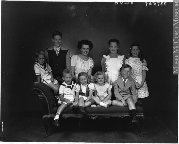 famille_sofa